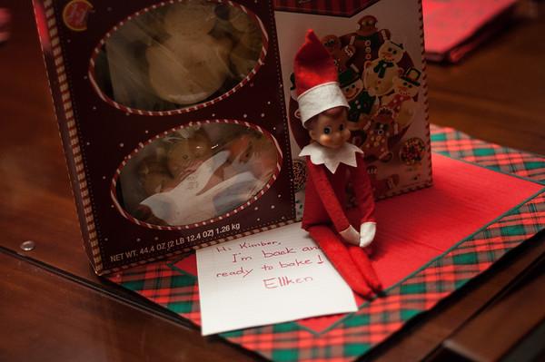 2014.12.01 - Ellken, the elf on a shelf