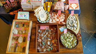 Specialty gift shop (7)