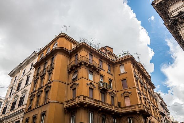 at the intersection of via dei Serpenti and via della Madonna dei Monte - near the oldest house in Rome