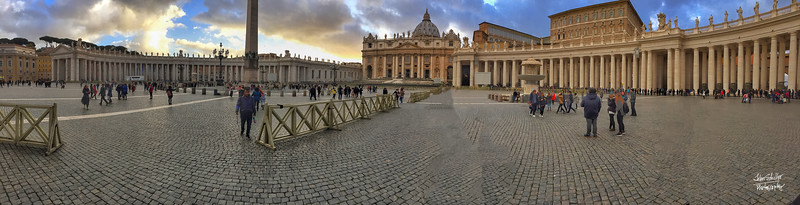 Panorama of St. Peter's Plaza