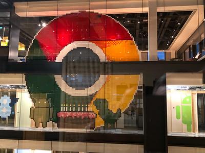 2018.12.04 - London. Pixel art with post-it notes in Kings Cross Google office.