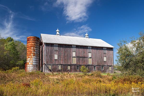 Tomlinson Inn Barn I