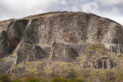 """Morro Chico, Ruta 9, entre Punta Arenas y Puerto Natales, Magallanes y Antártica Chilena, Chile. 52° 3'17.51""""S  71°25'32.35""""WW"""