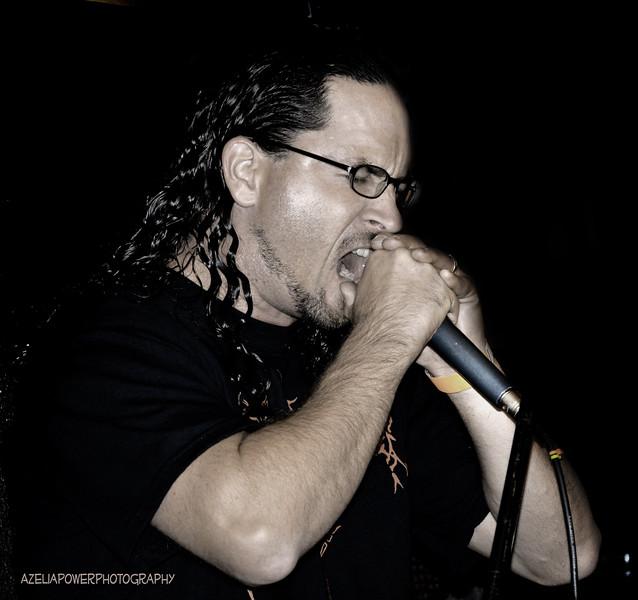 Clark singing a Slayer medley with DARKBLOOD