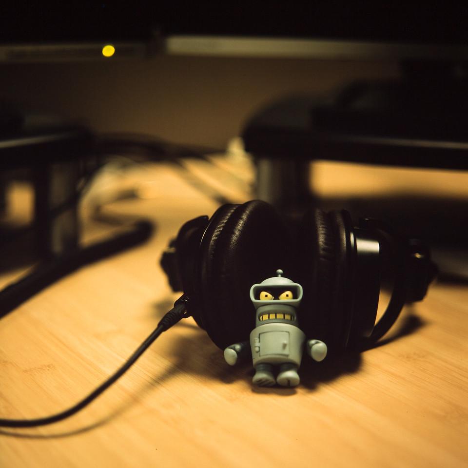 Listenin' to dem tunes...