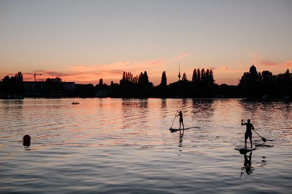 Paddle boarding on a lake in Berlin