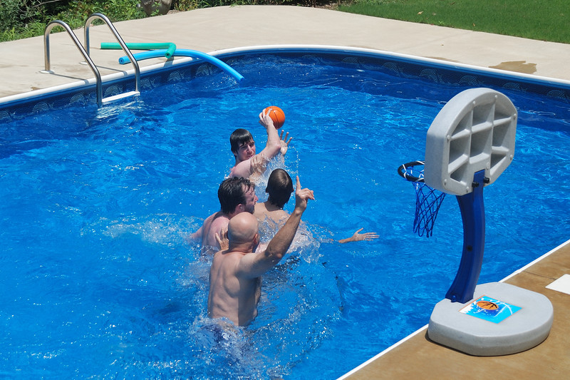 Pool Basketball