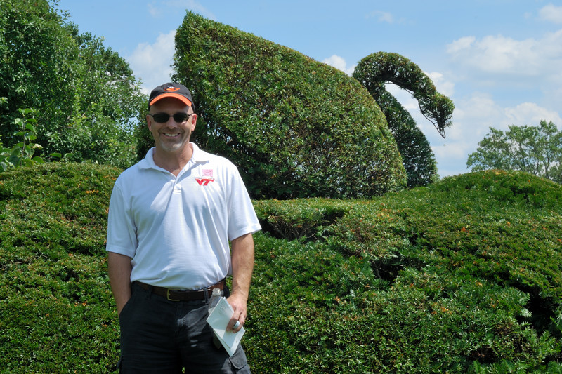 Brian and Topiary Swan