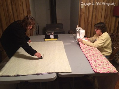 20141030-CircleOfFriends-LapBlanketMaking-05