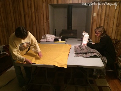 20141030-CircleOfFriends-LapBlanketMaking-03
