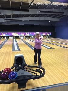 20150210-CircleOfFriends-Bowling-02