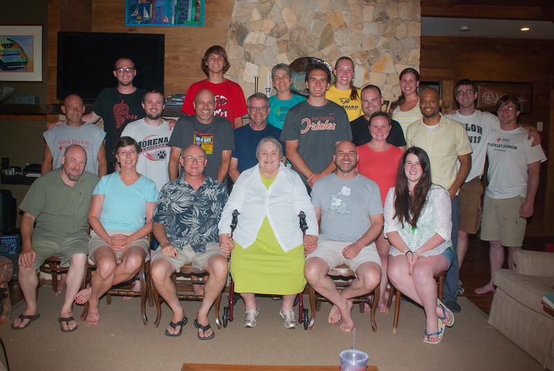 Keeney family at the lake reunion