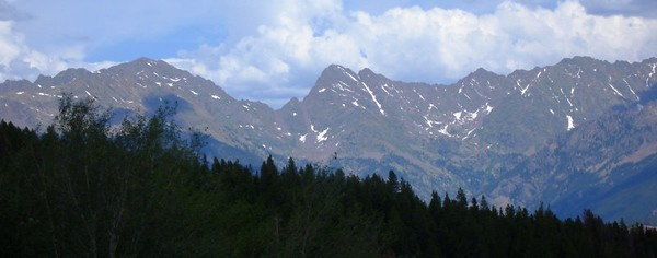 Mount Powell (far left) from our campsite. Piney Creek runs to the right just below the mountains.