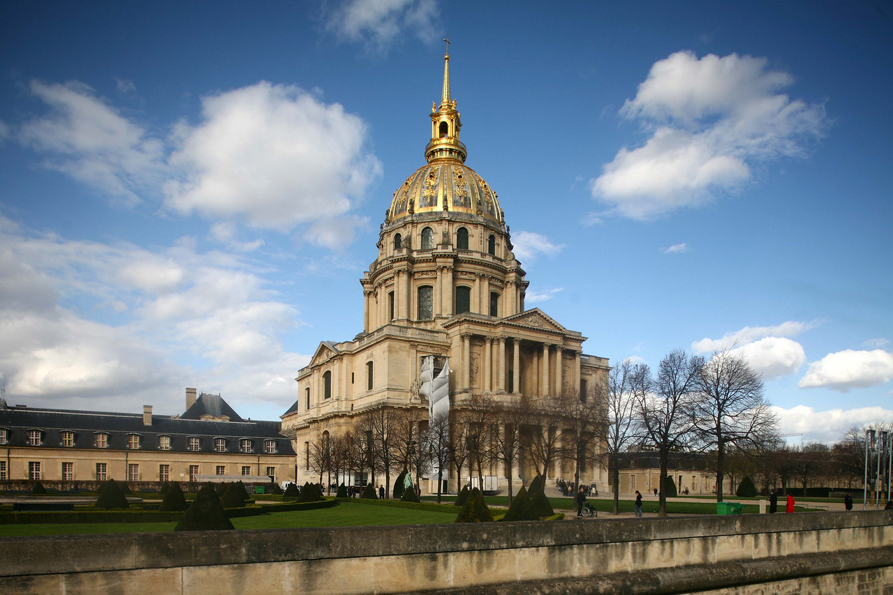 Church of St. Louis at Les Invalides was quite a sight. We weren't able to trek inside though because it cost a fortune!