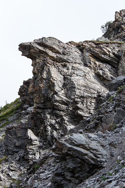 Rock outcropping along the Savage River loop trail