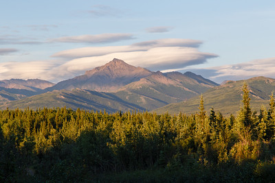 Mountain view near the Denali Park Hotel