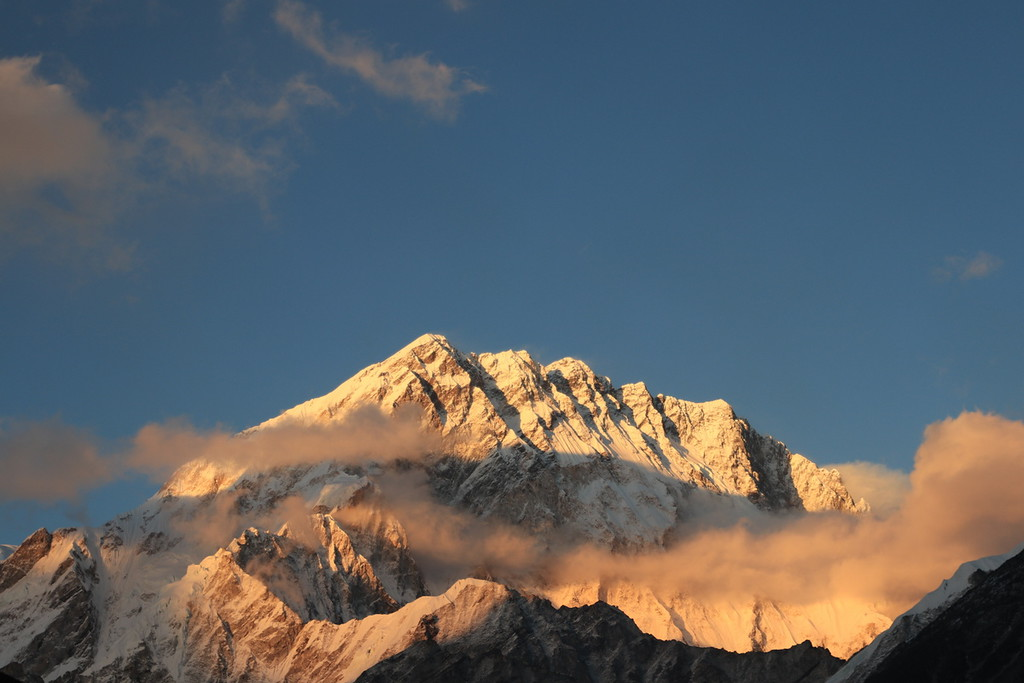 sunrise at dinboche
