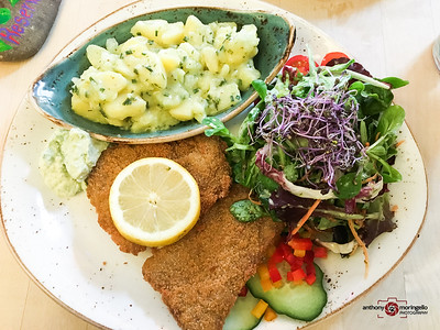 Max Pett. One of the top vegan restaurants in Munich.