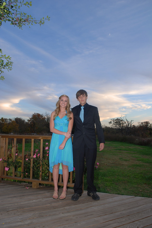 2009 Cody n Claire 10-24-2009 7-15-3