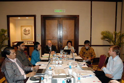 Editorial Board Meeting. Digital Review of the Asia Pacific Project Review Meeting 11 - 12 April 2005. Renaissance Kuala Lumpur Hotel, KL, Malaysia.
