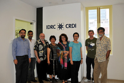 "Editorial Board meeting of ""Digital Review of Asia Pacific"" (DirAP) 2009-10 at IDRC's Chinatown office in Singapore on 2nd March, 2008.  From Left to Right: Suchit, Rajesh, Claude-Yves, Maria, Millie, Patricia, Danny & Shahid"