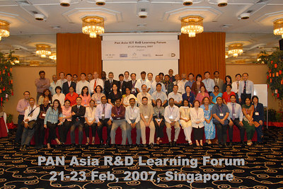 "The group from ""Learning Forum"" of the ICT R&D Grants Programme held from 20th to 23rd Feb, 2007 in Le Meridien, Singapore."