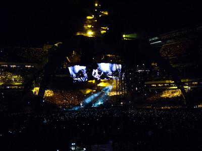 2011-07-14-U2-360-PHL-0019