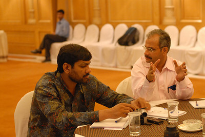 Dinesh (Singh) in discussion with Venkat at MT Educare Stategic Planning Workshop at Taj Residency, Nashik on 4th Oct 2007.
