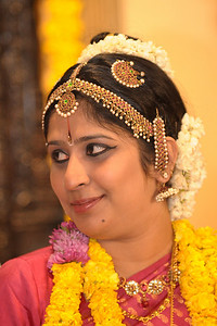 Close up protraits of Lakshmi. Pictures from the wedding of Jay (s/o Swarup & Harsh Javeri) & Lakshmi (d/o Gayatri & Govindrajan) held at Sri Ahobila Mutt Hall, Chembur, Mumbai.  The venue is a sacred place consecrated by His Holiness Srivan Satakopa Sri Vedanta Desika Yatindra Mahadesika (the 44th Jeeyar of Sri Ahobila Mutt).