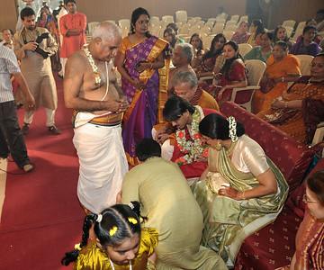 Jay Javeri being taken up to the mandap. Pictures from the wedding of Jay (s/o Swarup & Harsh Javeri) & Lakshmi (d/o Gayatri & Govindrajan) held at Sri Ahobila Mutt Hall, Chembur, Mumbai.  The venue is a sacred place consecrated by His Holiness Srivan Satakopa Sri Vedanta Desika Yatindra Mahadesika (the 44th Jeeyar of Sri Ahobila Mutt).