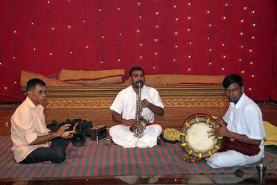 Musicians at the venue. Pictures from the wedding of Jay (s/o Swarup & Harsh Javeri) & Lakshmi (d/o Gayatri & Govindrajan) held at Sri Ahobila Mutt Hall, Chembur, Mumbai.  The venue is a sacred place consecrated by His Holiness Srivan Satakopa Sri Vedanta Desika Yatindra Mahadesika (the 44th Jeeyar of Sri Ahobila Mutt).