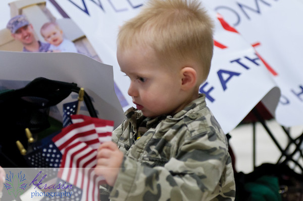Noah enjoyed playing with the little flags while we were waiting