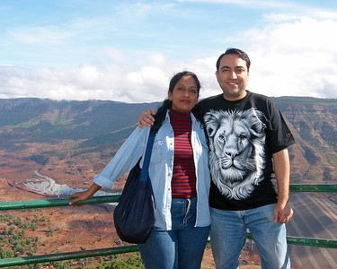Anu & Suchit in Matheran, Jun'2003.