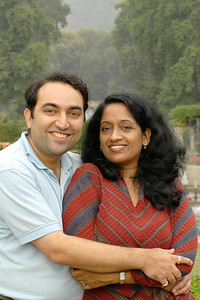 Suchit & Anu in Srinagar, Kashmir, Sept'2005