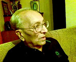 Video clip of converstation with Papa at Eden-4, on Manu's B'day celebrated in co-juncture with Sarika's B'day. Nov'08
