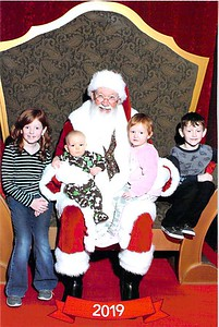 2019 Marstall Kids Santa Photo