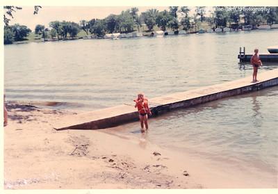KathyIce-ShawneeBoatAndSkiClub-July1966