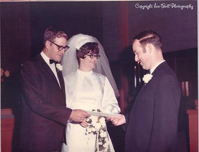 19701127-FloyAndRichardIce-Wedding-11