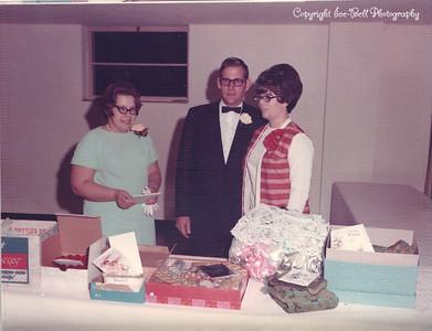 19701127-FloyAndRichardIce-Wedding-16