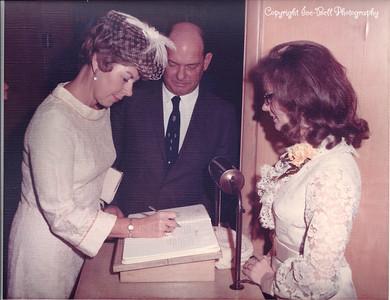 19701127-FloyAndRichardIce-Wedding-02