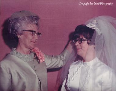 19701127-FloyAndRichardIce-Wedding-14