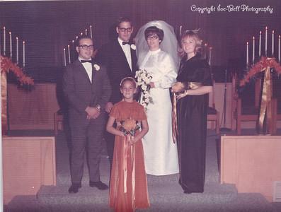 19701127-FloyAndRichardIce-Wedding-10