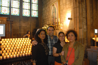 Anu, Suchit, Priya and Poonam at Notre Dame, Paris, France