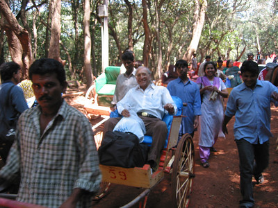 Trip to Matheran to take parents out on a forced-holiday by their children. :)