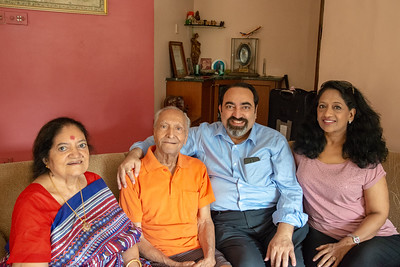 Amma (Sharda), Papa (Shashi), Suchit and Anu during Kiran Mausji & Satish Mausaji's visit to Powai, Mumbai in October 2018.