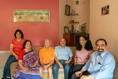 Family photo during Kiran Mausji & Satish Mausaji's visit to Powai, Mumbai in October 2018.