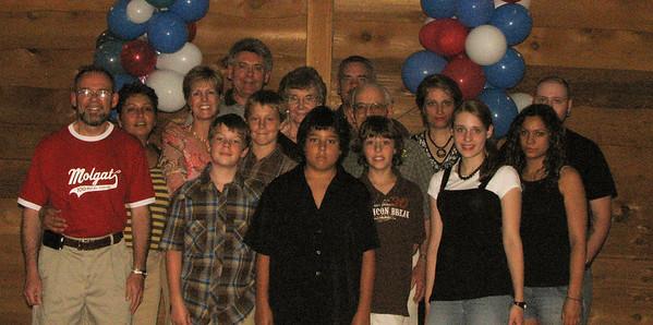 Famille de / Famille de / Family of Joseph<br /> Alain, Terry, Tory, Robert, Stella, Ron, Hervé, Laura,Gabriel,<br /> Fraser, Reid, Justin, Renae, Joël & Rochelle