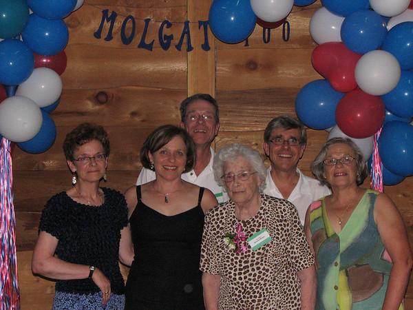Famille de / Family of Joseph / Louis Molgat<br /> Paul Molgat, Ernest Molgat, Marguerite Molgat, Lucie Molgat, Blanche Molgat, Anna Desilets