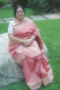 Sharda Nanda [Mom]