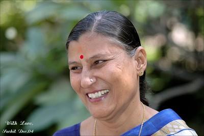 Shobha Seth [Maternal Aunt]